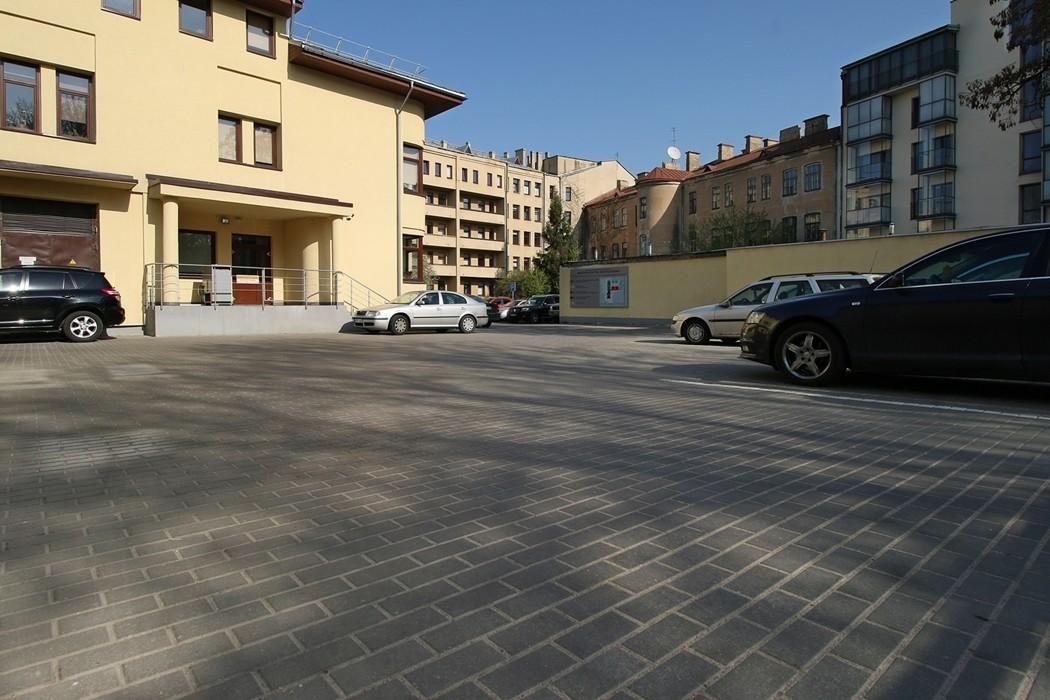 Reljef atliktas darbas: Ligoninės pastato rekonstrukcija.