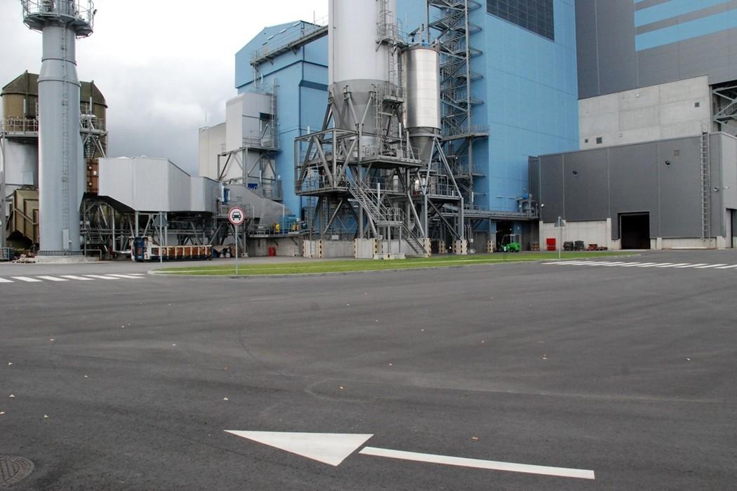 Reljef atliktas darbas: Atliekų deginimo elektrinė.